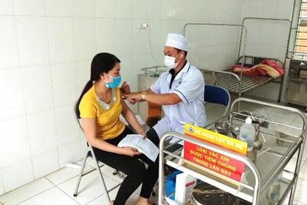 Hà Nội: Ưu tiên tiêm vaccine Covid-19 cho đồng bào dân tộc thiểu số