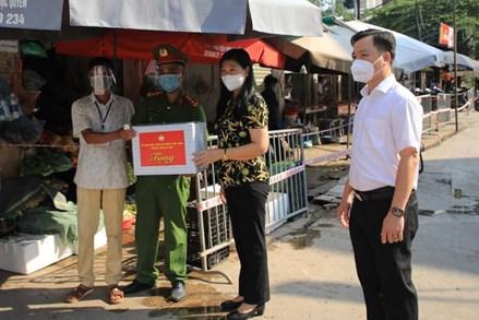 Chủ tịch UB MTTQ Việt Nam TP Hà Nội Nguyễn Lan Hương: Kiểm tra chặt chẽ, sẵn sàng xử lý dịch khi xuất hiện ca bệnh