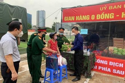 """Hà Nội: Nhiều địa phương đồng loạt tổ chức """"Gian hàng 0 đồng"""" hỗ trợ người dân"""
