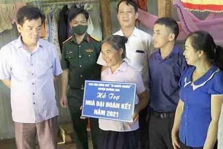 """MTTQ huyện Mường Chà: Chung tay xây dựng nhà """"Đại đoàn kết"""""""