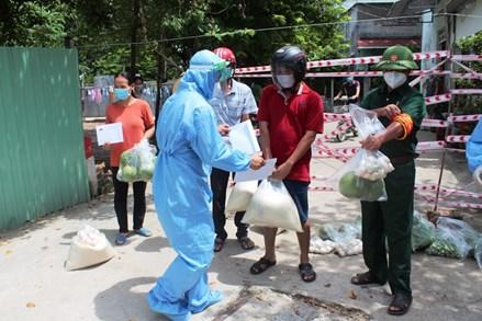 Vĩnh Phúc: Hỗ trợ hơn 10 tỷ đồng và 138 tấn gạo cho người dân tại các tỉnh, thành phố phía Nam
