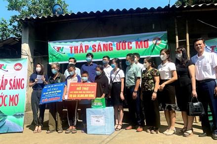 """Thái Nguyên:""""Thắp sáng ước mơ"""" về nhà ở cho 2 hộ nghèo"""
