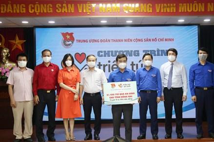 Trung ương Đoàn tiếp nhận 94.000 'Túi quà an sinh' và 'Túi thuốc an sinh'