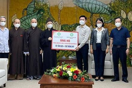 TP. Hà Nội: Tăng ni, Phật tử ủng hộ quận Đống Đa 5 tấn gạo để hỗ trợ người dân khó khăn