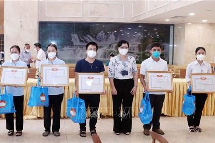 TP.Hồ Chí Minh: Tri ân các tình nguyện viên tôn giáo hoàn thành nhiệm vụ hỗ trợ tuyến đầu chống dịch
