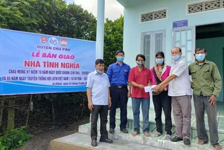 MTTQ huyện Chư Păh giúp người nghèo vươn lên trong cuộc sống