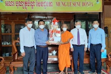 Chúc mừng đồng bào dân tộc Khmer nhân dịp lễ Sene Đôn ta