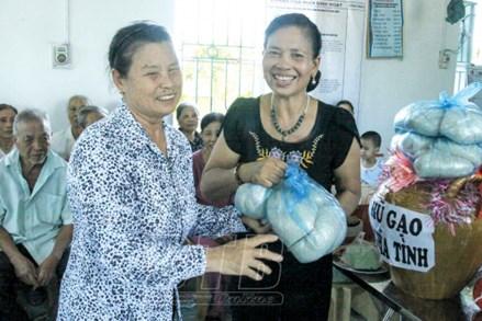 Ủy ban MTTQ các cấp tỉnh Thái Bình chăm lo cho người nghèo
