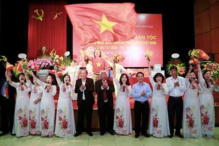 Làm tốt vai trò cầu nối giữa Đảng, chính quyền với nhân dân