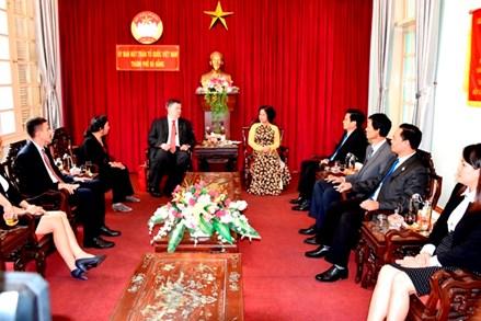 Tân Tổng Lãnh sự Nga tại Đà Nẵng chào xã giao Ủy ban MTTQ TP