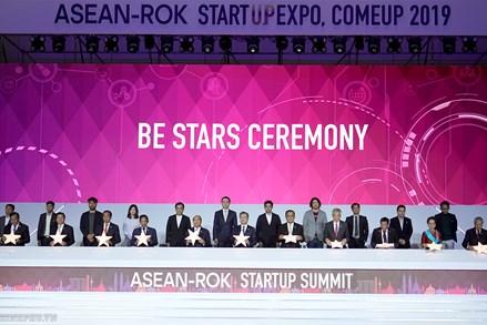 Thủ tướng dự Hội nghị Thượng đỉnh về khởi nghiệp ASEAN-Hàn Quốc