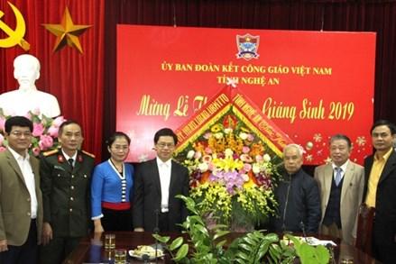 Ủy ban MTTQ Việt Nam tỉnh Nghệ An chúc mừng Giáng sinh
