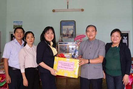MTTQ tỉnh Bình Định thăm, chúc mừng Giáng sinh