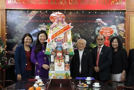 Ủy ban MTTQ thành phố Hà Nội chúc mừng giáng sinh