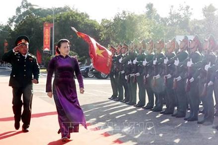 Chủ tịch Quốc hội thăm, chúc Tết Bộ Chỉ huy Quân sự tỉnh Đắk Lắk