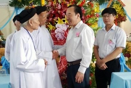 Phó Chủ tịch Ngô Sách Thực chúc mừng Đại lễ sinh nhật lần thứ 139 Đức Giáo tông Nguyễn Ngọc Tương