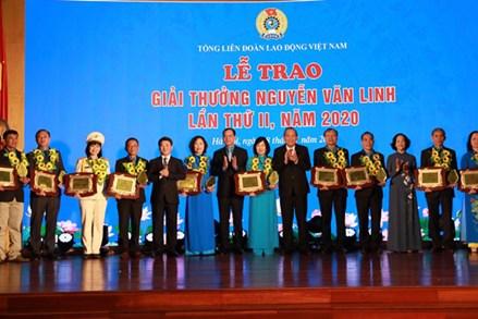 10 cán bộ công đoàn xuất sắc nhận Giải thưởng Nguyễn Văn Linh lần 2