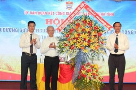 Hà Tĩnh: Tôn vinh người tốt, việc tốt trong đồng bào Công giáo