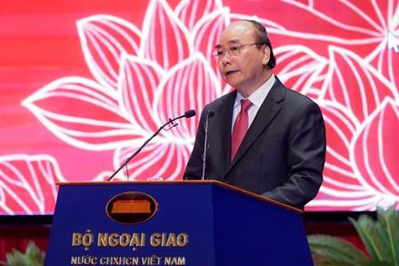 Thủ tướng nhấn mạnh '5 nhiệm vụ', '3 thi đua' để 'tiếng chiêng' ngoại giao Việt Nam mạnh mẽ, vang xa