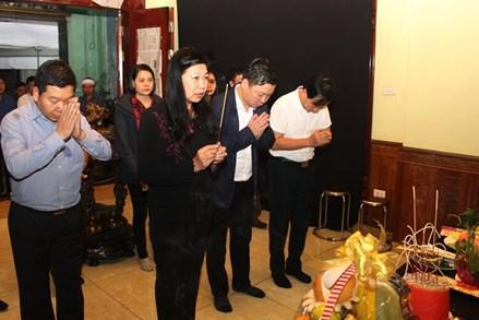 Mặt trận Hà Nội thăm hỏi, hỗ trợ gia đình liệt sĩ, Thiếu tướng Nguyễn Hữu Hùng