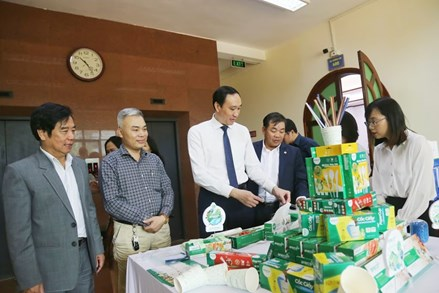 Tìm giải pháp chống rác thải nhựa