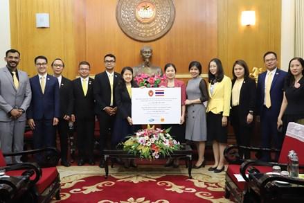 Cộng đồng Quốc tế cùng chung tay hướng về các tỉnh miền Trung, Tây Nguyên