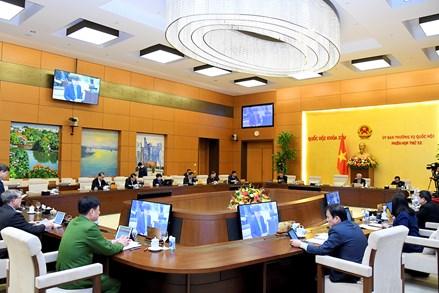 Ủy ban Thường vụ Quốc hội thông qua Nghị quyết Quy định chi tiết hướng dẫn việc tổ chức Hội nghị cử tri