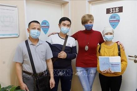 Những ngày này, người Việt ở Nga…