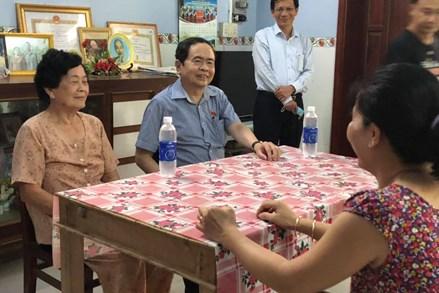 Phó Chủ tịch Thường trực Quốc hội Trần Thanh Mẫn thăm gia đình chính sách tại tỉnh Hậu Giang