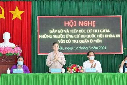 Phó Chủ tịch Trương Thị Ngọc Ánh tiếp xúc cử tri Cần Thơ