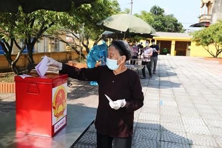 Ngày bầu cử đặc biệt tại Bắc Ninh: Hơn 3.200 cử tri đã đi bỏ phiếu