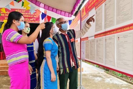 Nhiều điểm bầu cử của tỉnh Gia Lai hoàn thành sớm việc bỏ phiếu