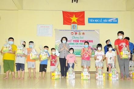 Mang niềm vui tới con em công nhân lao động tại thành phố Hồ Chí Minh