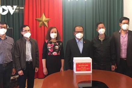 Cộng đồng người Việt tại Séc đồng lòng hướng về quê hương chống dịch Covid-19