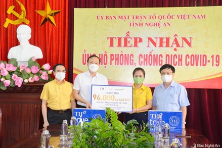 Nghệ An: Trên 52,5 tỷ đồng ủng hộ công tác phòng chống dịch