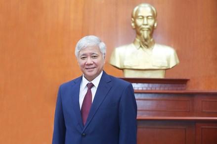 Chủ tịch UBTƯ MTTQ Việt Nam Đỗ Văn Chiến gửi thư chúc mừng nhân dịp Đại lễ Khai đạo của đồng bào Phật giáo Hòa Hảo