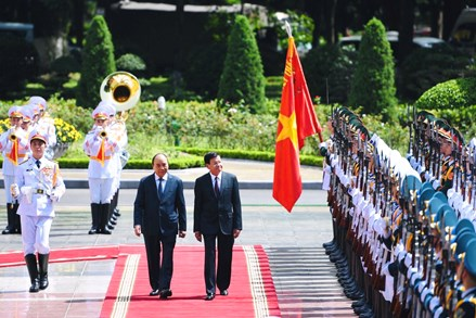 Lễ đón Tổng Bí thư, Chủ tịch nước Lào thăm hữu nghị chính thức Việt Nam