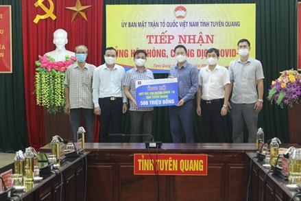 MTTQ các cấp tỉnh Tuyên Quang tích cực vận động nhân dân tham gia ủng hộ phòng chống dịch Covid - 19