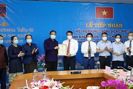 Tỉnh Khăm Muộn - Lào chung tay hỗ trợ Hà Tĩnh phòng, chống dịch