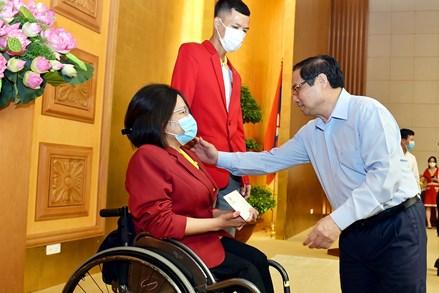 Thủ tướng Phạm Minh Chính: Cần đẩy mạnh hơn nữa phong trào thể dục thể thao, tạo điều kiện để người dân rèn luyện sức khỏe