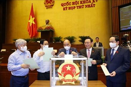 Ngày làm việc thứ hai: Quốc hội bầu lãnh đạo các cơ quan của Quốc hội và Tổng Kiểm toán nhà nước
