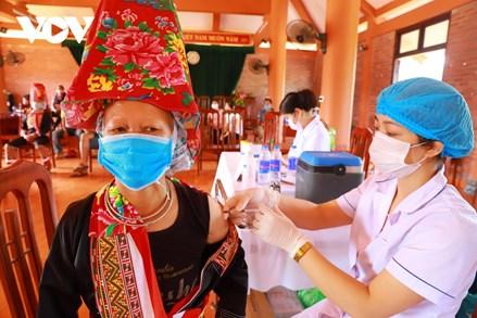Các tỉnh biên giới Đông Bắc đẩy nhanh tiêm vaccine với mục tiêu đạt miễn dịch cộng đồng