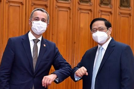Việt Nam – Thụy Sĩ đẩy mạnh hợp tác về vaccine, phát triển bền vững, quản trị hiện đại, tất cả vì cuộc sống người dân
