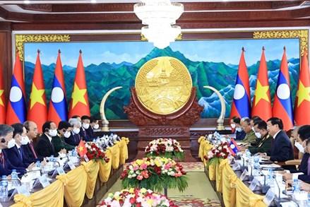 Lễ đón chính thức Chủ tịch nước Nguyễn Xuân Phúc và Phu nhân thăm hữu nghị chính thức CHDCND Lào