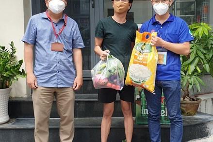 Thành phố Hồ Chí Minh: Nhiều người nước ngoài gặp khó khăn được địa phương hỗ trợ