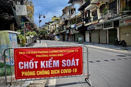 Thành uỷ Hà Nội đồng ý chủ trương tiếp tục giãn cách xã hội đến 6 giờ ngày 6/9/2021