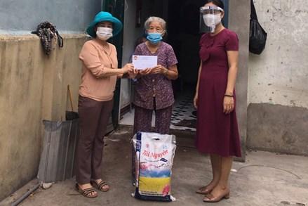 Đà Nẵng: Ủy ban MTTQ Việt Nam các cấp hỗ trợ hàng nghìn suất quà cho người dân