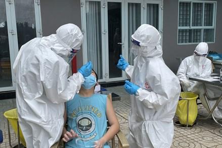 Ngày 26/8: Việt Nam có 11.575 ca mắc mới COVID-19, Hà Nội có 66 ca trong 24 giờ qua, TP Hồ Chí Minh có trên 52.000 F0 điều trị tại nhà và dự kiến sẽ tiếp tục tăng