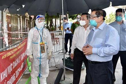 Thủ tướng yêu cầu TP Hà Nội rà soát, khắc phục ngay hạn chế, bất cập trong công tác phòng, chống dịch