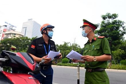 Hướng dẫn chính thức của Công an Hà Nội về cấp giấy đi đường, thẻ mua hàng trong vùng 1